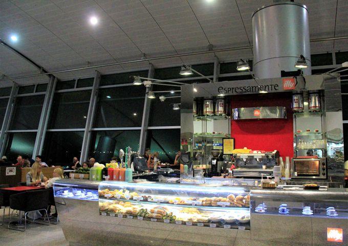 ホーチミン国際空港のグルメ!おすすめのカフェ&レストラン