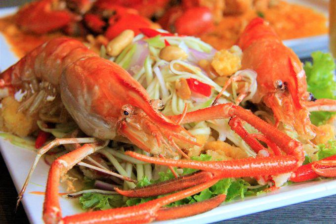 ソンブーン(Somboon Seafood)店の「プー パッポンカリー」(蟹と卵のカレー炒め)