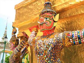 タイ・バンコク人気の観光スポット!王宮&ワット・プラケオへ聖地巡礼の旅