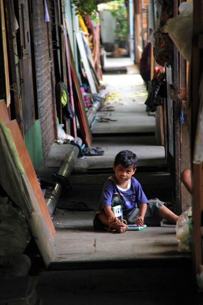 作家の沢木耕太郎も訪れた!「深夜特急」の舞台、バンコクのクロントゥーイ地区
