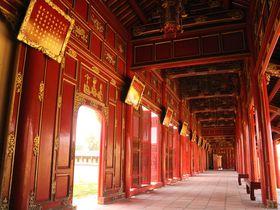 ベトナム・フエのおすすめ観光スポット8選 美しい王宮に市場も!