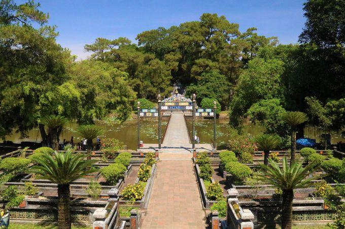 多くの妻を愛した伝説の皇帝!ベトナム観光旅行のディープな穴場スポット