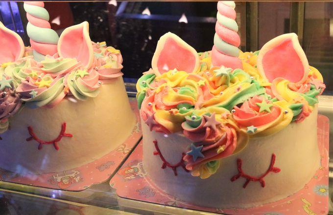 タイのお菓子をアレンジ!レインボーカラーのスイーツの数々