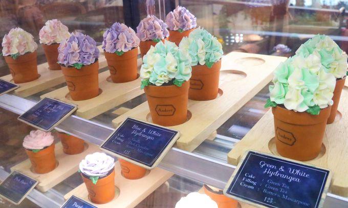 鉢植えの花をイメージしたアイス&ケーキ「POT CAKE」