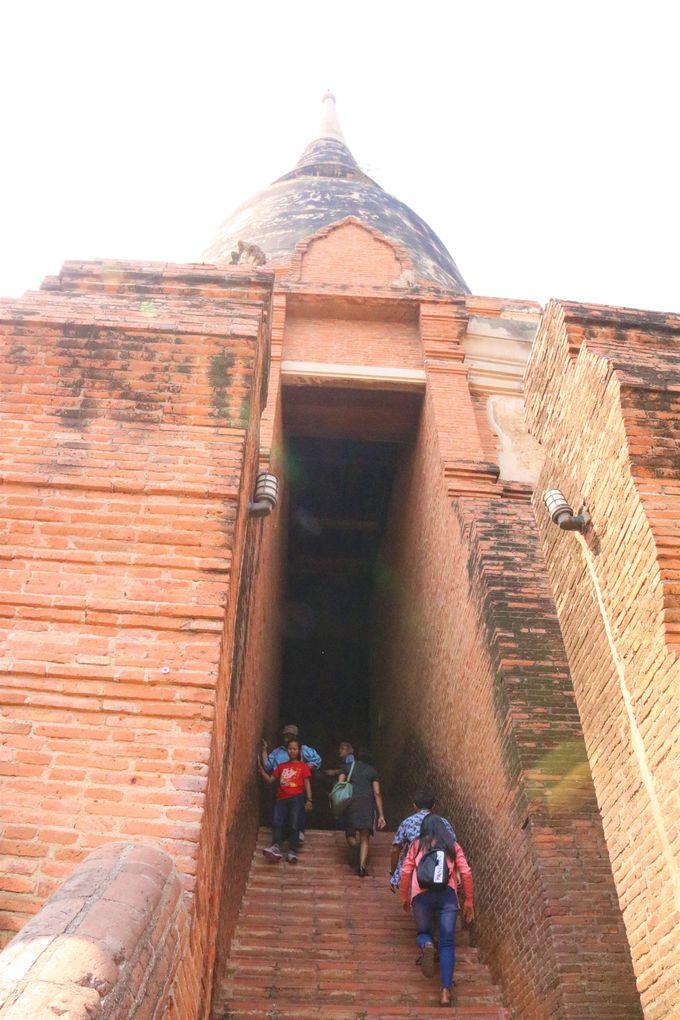 大仏塔に登ろう!ワット・ヤイ・チャイ・モンコンの見どころ