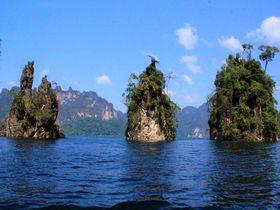 タイの桂林!「カオソック国立公園」はプーケット北部の秘境