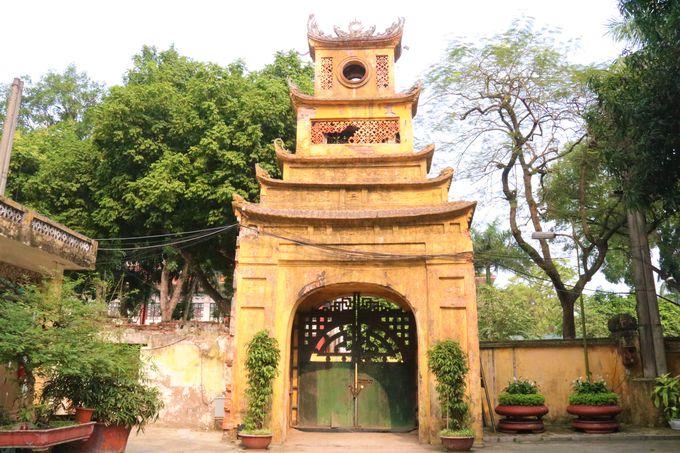ベトナムの歴史を刻む遺産!城塞を囲む門も見どころ