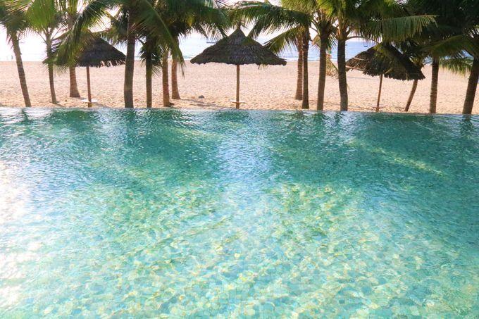 オン・ザ・ビーチのプール!フュージョンスイーツ・ダナンビーチ