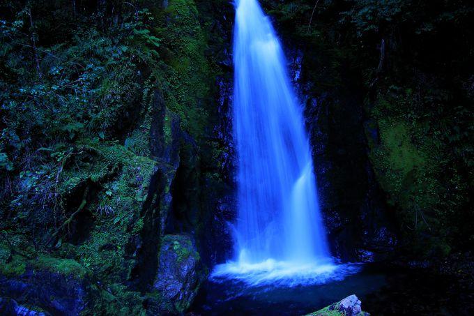 石仏、果無めん滝、奥果無の風景も