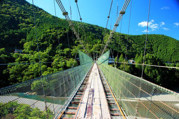 人気スポット!谷瀬の吊り橋