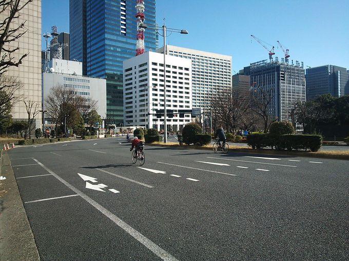 日曜の皇居内堀通りをサイクリング