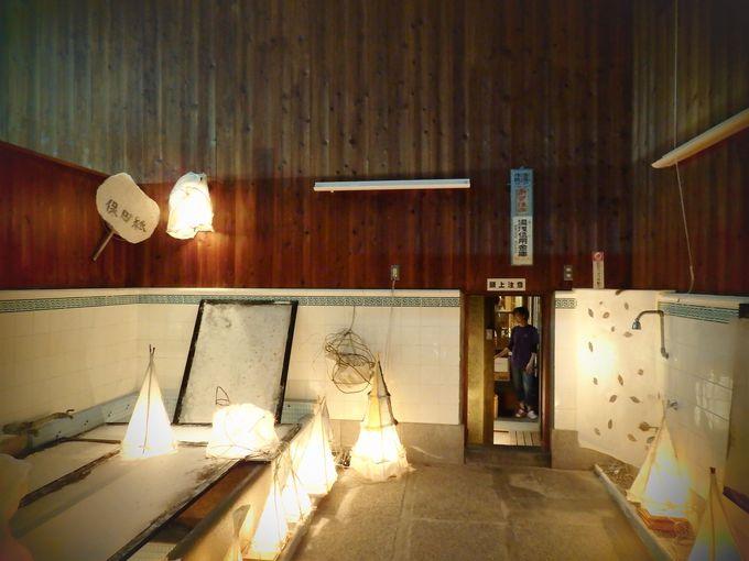 ゆあさ行灯アート展のハイライトは町のシンボル、甚風呂