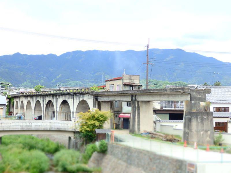 紀伊山地を貫く幻の絶景鉄道、五新鉄道と奈良・五條の町並み