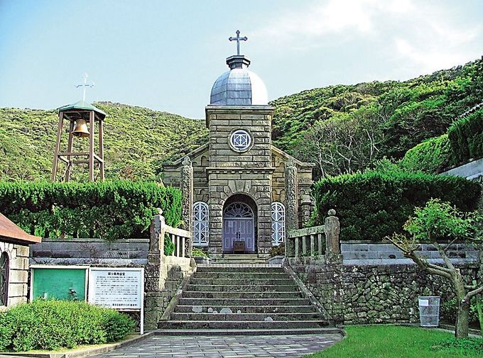 世界遺産の頭ヶ島天主堂は、珍しい石造の教会