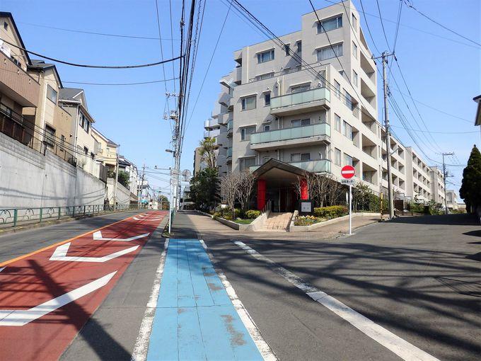 名曲の舞台「たまらん坂」は、清志郎さんファンの聖地