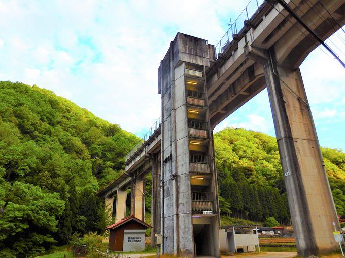 天空の駅「宇都井駅」も三江線のハイライト