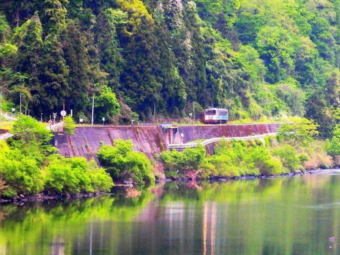 1日4往復、容易に攻略できないのも三江線の魅力