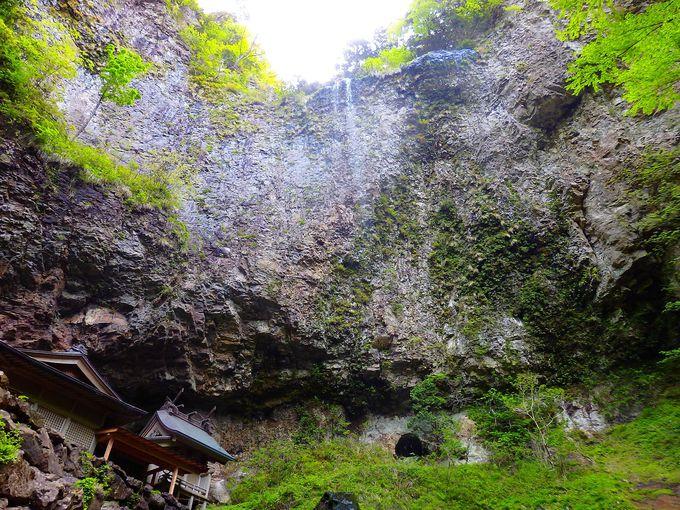 隠岐の島一周、西のパワースポットは油井の池、壇鏡の滝