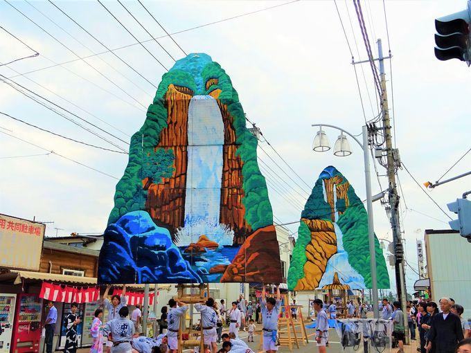 山あげ祭は舞台装置の設営見学も面白い!