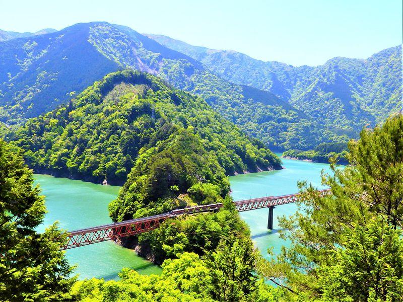 大井川鐵道1泊2日モデルコースで、もっとゆっくり絶景を楽しもう!