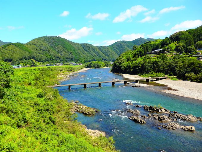 2日目昼間:人気のローカル線、予土線で四万十川の絶景を