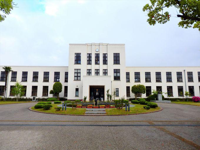 旧豊郷小学校はヴォーリズによる名建築