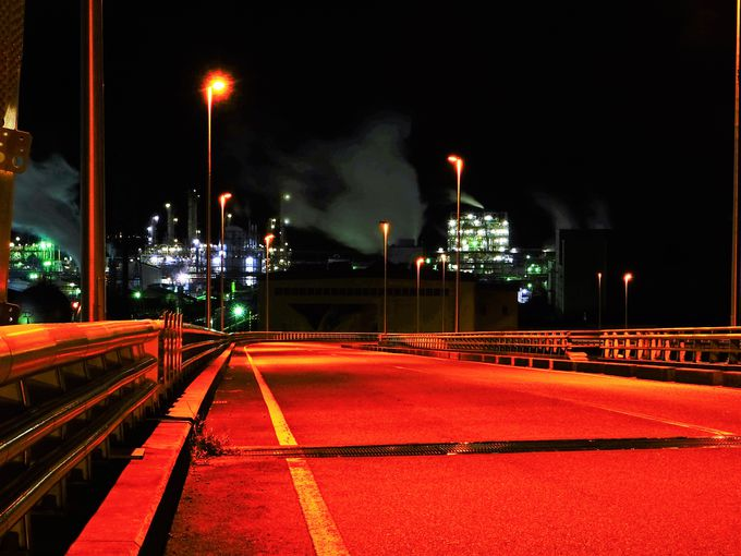 「周南大橋」は周南工場夜景を代表するもう一つのスポット