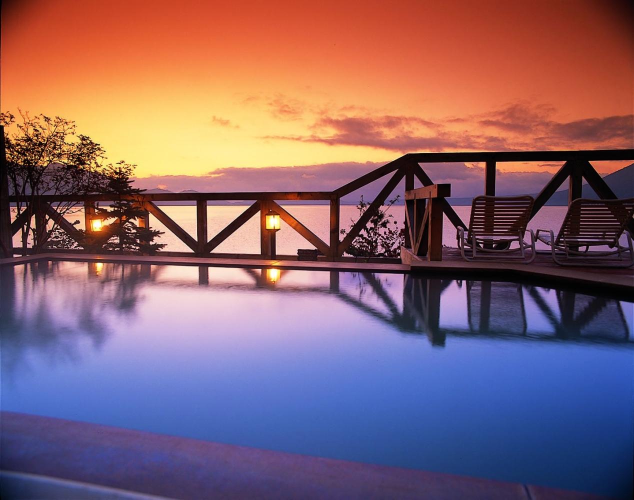 寅さんの北海道の温泉宿は「丸駒温泉旅館」