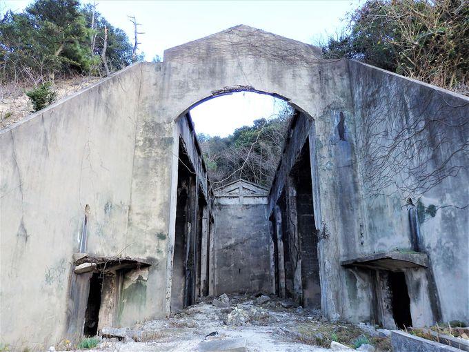 大久野島の隠されていた事実を語る、毒ガス資料館と貯蔵庫跡