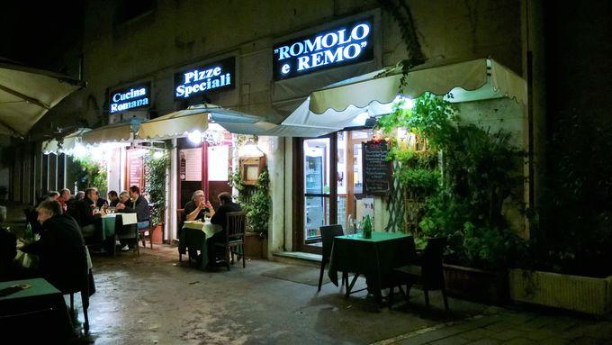 ローマ観光時にも気軽に立ち寄れる、年中無休の営業に!