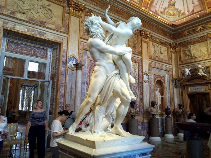 名作が揃うイタリアでも有数の美術館