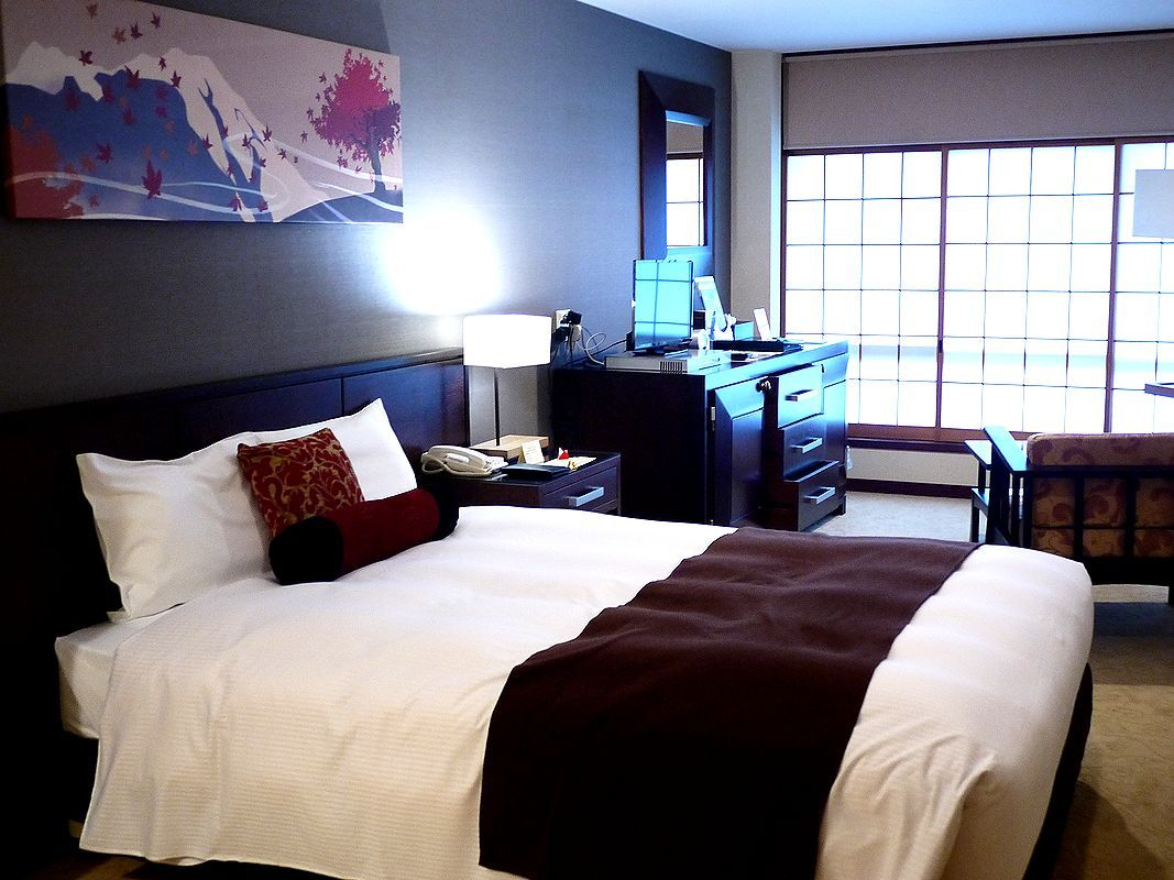 リーズナブルで素敵な広い部屋が実現した和モダンの部屋!