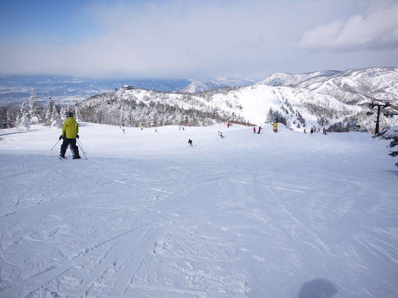 第1位:長野県「志賀高原スキー場」79コース