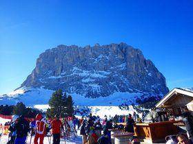 世界最大級のスキーエリア イタリア世界自然遺産ドロミテで滑ろう!