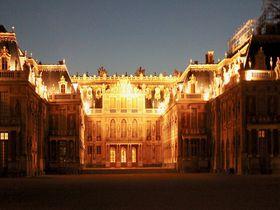 泊まって楽しむ夏のヴェルサイユ宮殿と街の魅力を満喫!