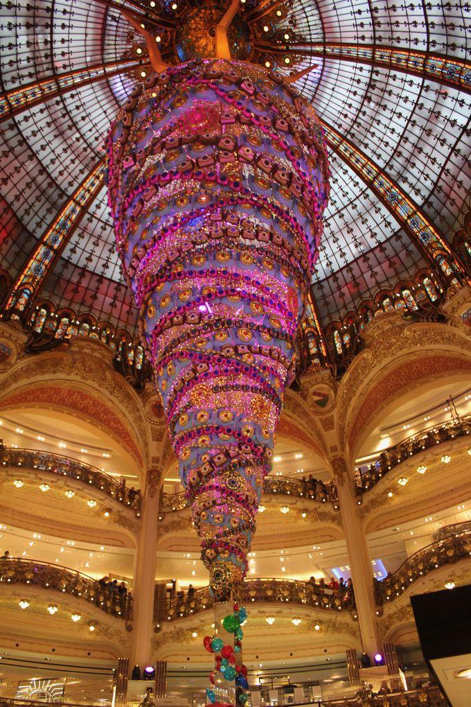 10.クリスマスのオペラ座界隈(パリ)