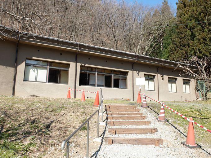 次に向かうは松代地震観測所。