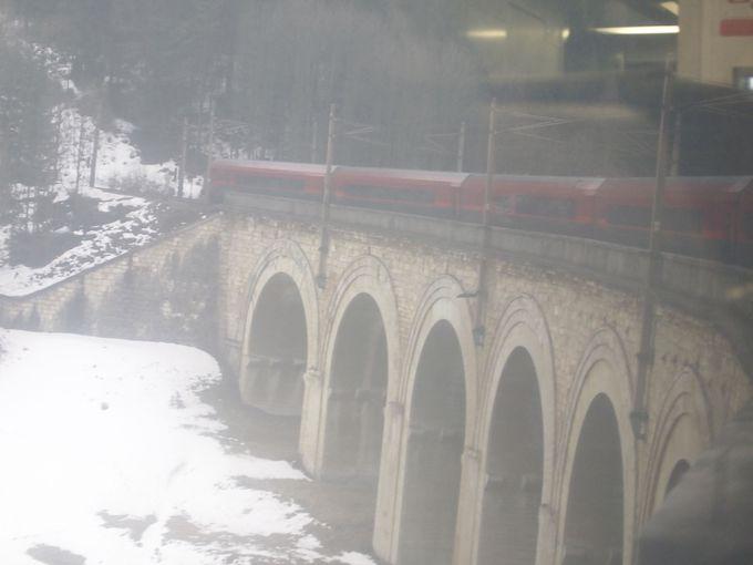 センメリング鉄道を車窓から楽しむ!