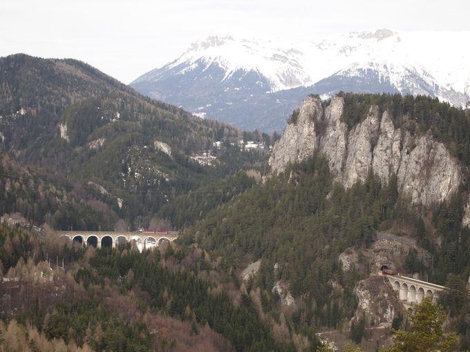 ハイキングコースの展望台から眺める景色は絶景!