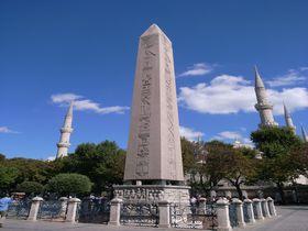 イスタンブールの世界遺産を歩く!古代の競技場「ヒッポドローム」