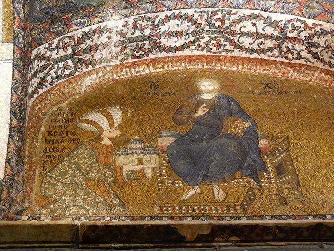 コーラ修道院を改築した宰相、テオドロス・メトキティス