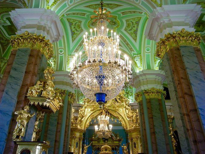 式典用のホールとしても使われた豪華な聖堂
