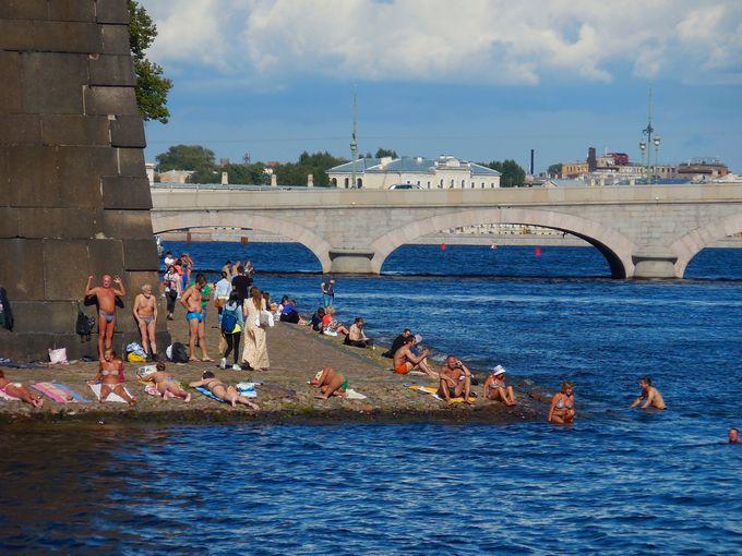 水辺は市民の憩いの場