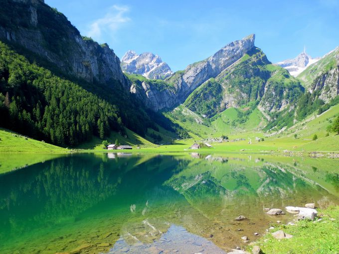 ゼンティス山とアルトマン山を見ながら湖へ!