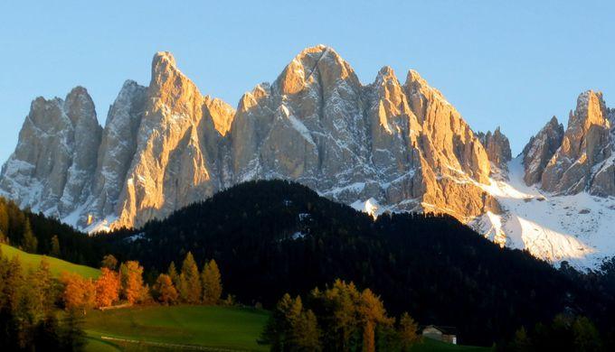 美しきドロミテの名山・ガイスラー山群