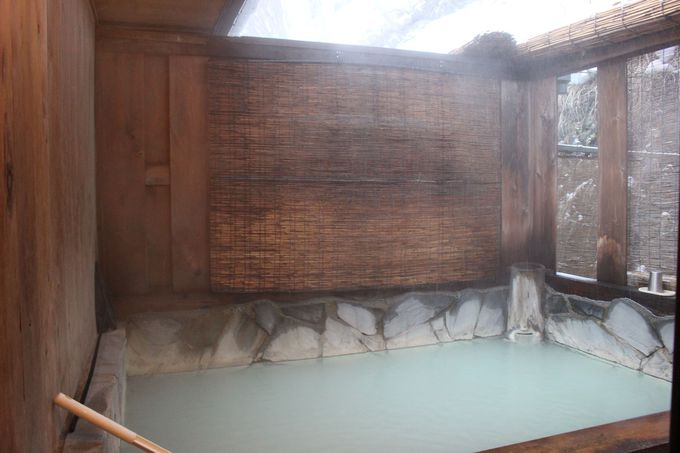 二つの自家源泉・5つの完全貸切温泉!もちろん露天風呂も!