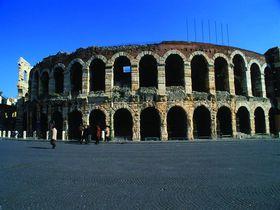 ヴェローナで野外オペラを見よう!2018年演目とチケット予約購入法
