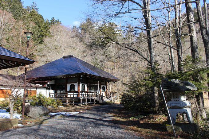 日光からのアクセスも良好!日本で4番目に濃い硫黄温泉「奥日光湯元温泉」
