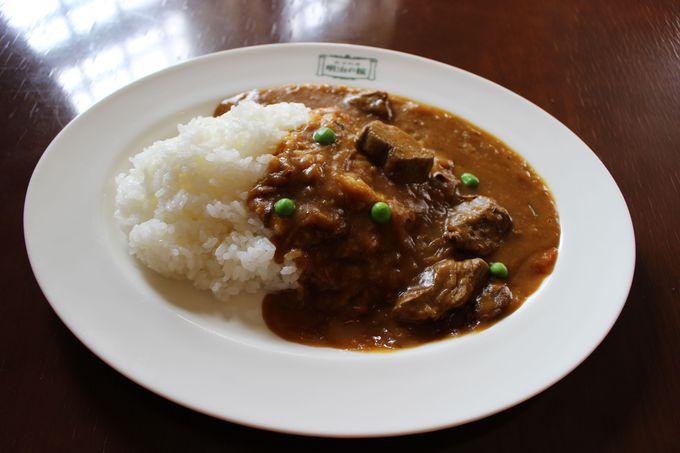 避暑地文化を受け継ぐ伝統の洋食を味わおう
