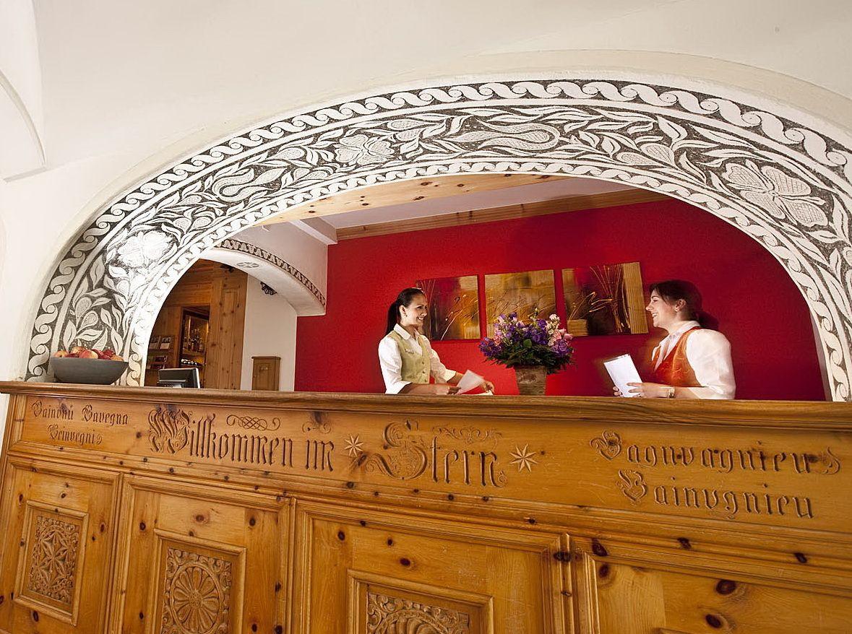 「ホテル・シュテルン」の内装は伝統的なグラウビュンデンの様式!